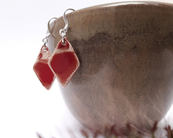 Rhombic red porcelain bead with real silver earhooks