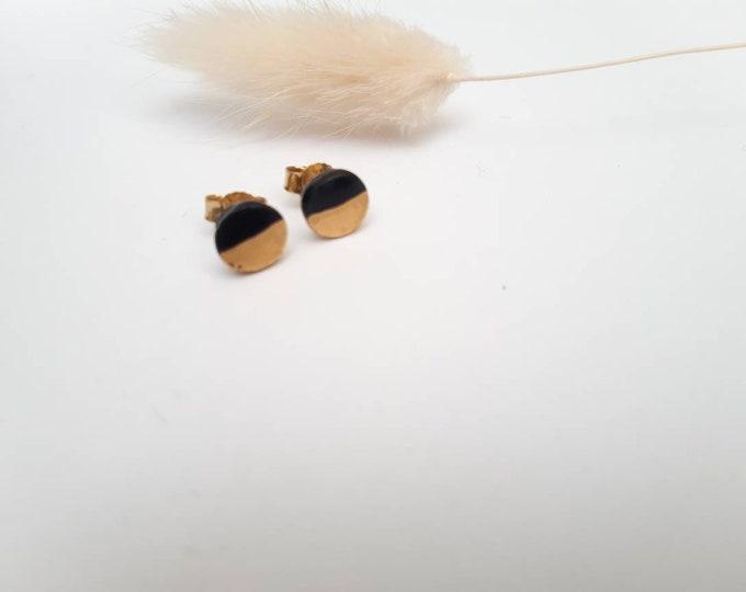 Black gold earpieces