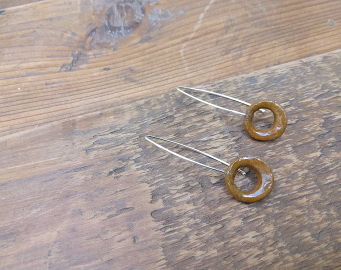 Earrings: handmade open slice bead, camel light brown