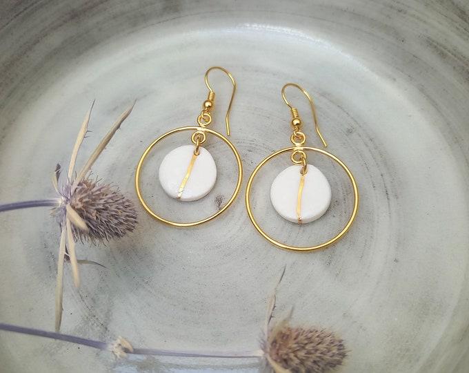 Long White golden earrings, stripes gold
