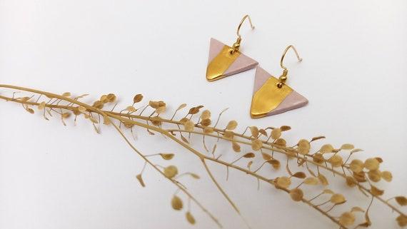Long Light purple / pink  golden earrings