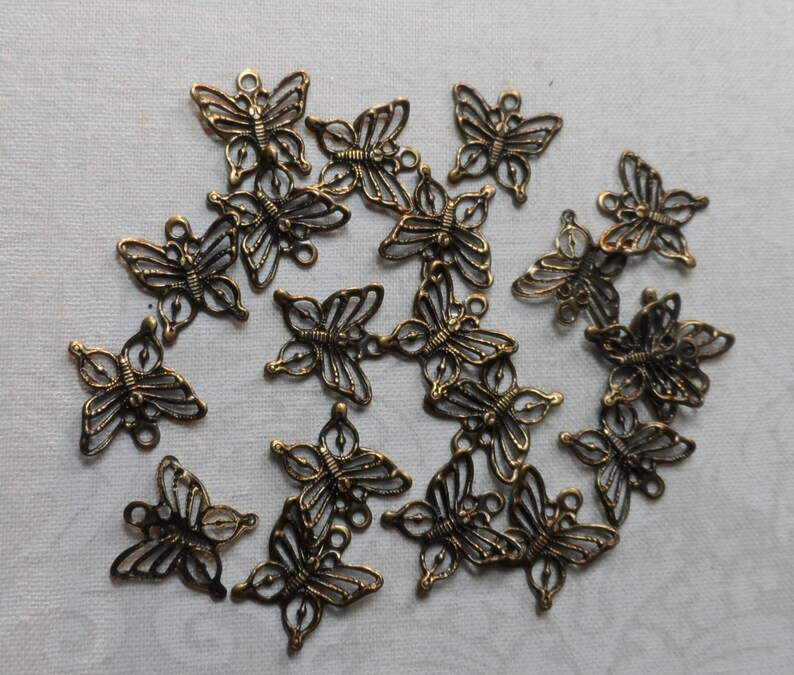 20pcs-CHM40B Vintage gold plate brass stamped butterflies,12x38th