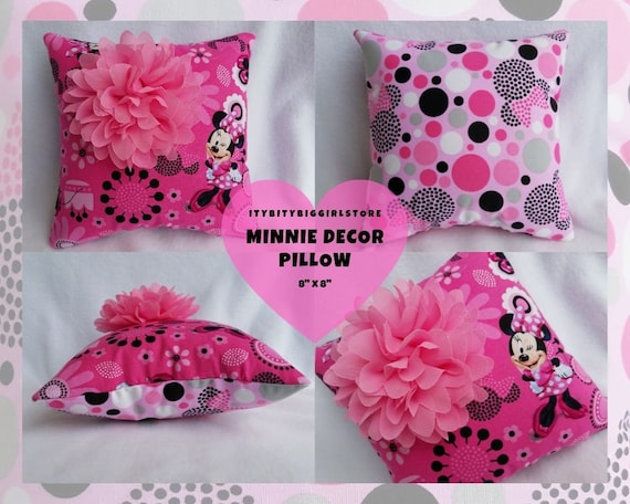 Pink Minnie Bed Decor Pillow, Minnie Mouse Pillow with Flower, Small  Birthday Girl Pillow