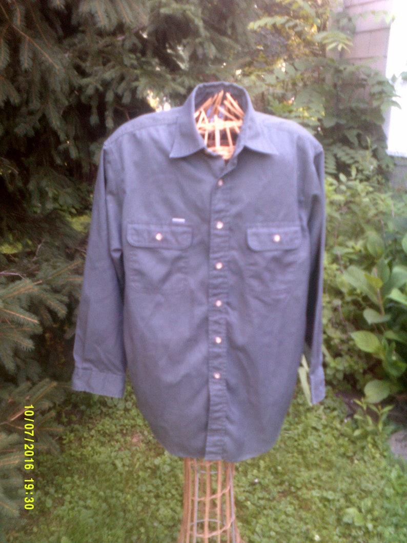 540ebc260c8 Mens Vintage Cotton Carhartt Work Shirt size Med. Summer