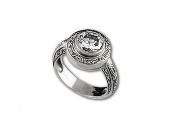 antique style sterling silver ring with 7,5mm zircon, round shape, women gift, cocktail ring