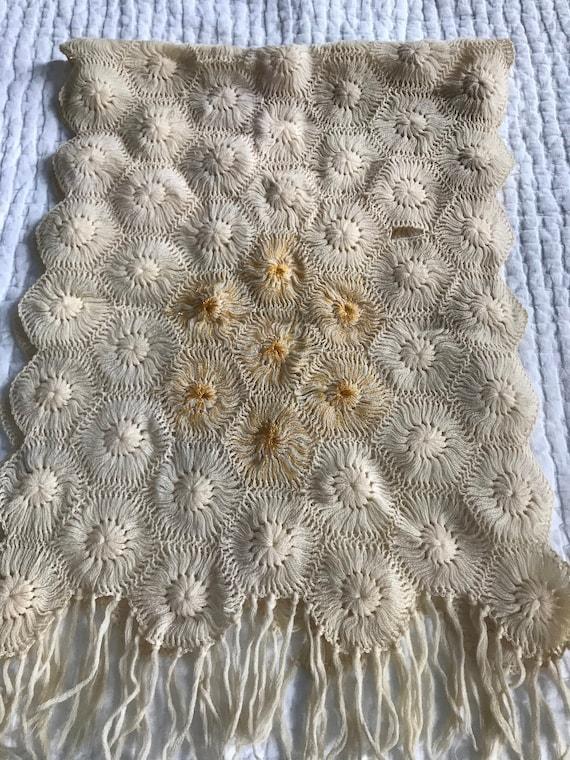 1930s/1940s Vintage Crochet Shawl