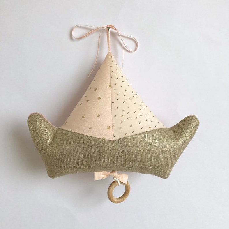 Mobile Musical Boat Nude polka dots  Music box  A star in my image 0