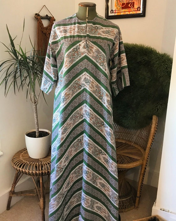 60's 70's chevron flower green orange kaftan dress