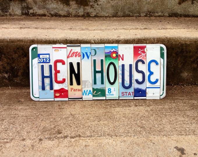 Chicken Coop Sign. Chicken Sign. Chicken Coop. License Plate Art. Hen House. Hen House Sign. Chicken Decor. Farmstyle Decor.