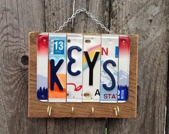 KEY RING HOLDER. Keys. Wall Key Holder. Entry Way Organizer. Housewarming Gift. Gift Idea for Dad