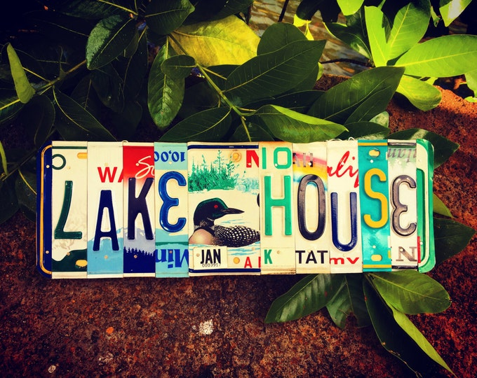 Lake House Sign. License Plate. Home decor . Lake decor. Gift idea.
