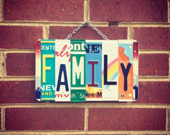 Family Sign, Family Gift, Mother's Day Gift, Long Distance Gift, Gift for Family, Family Gift.