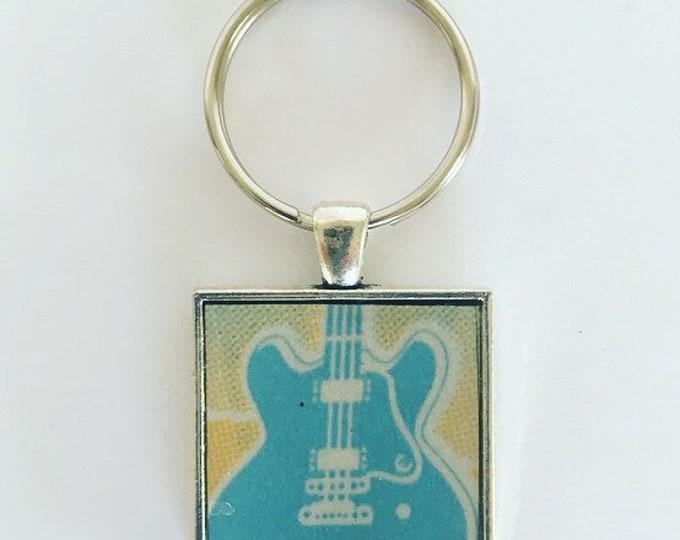 Guitar Keychain, Keychain for Men Him Boyfriend Husband, License Plate Keychain, Mississippi Keychain, Gift for Guitarist, Guitar Gifts.