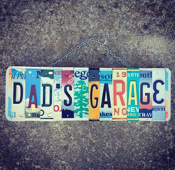 Dad's Garage Sign, Garage Sign, Gift for Dad, Mechanics Gift, Gift for Men, Car Decor, License Plate Sign, Garage Decor, Dad Birthday Gift.