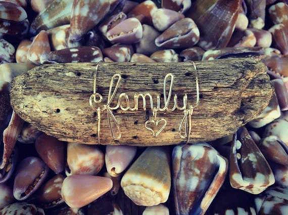 Family Wire Art Beach House Driftwood Decor, Beach House Gifts, Family, Driftwood Art, Wire Names, Beach House Decor, Made in Hawaii.