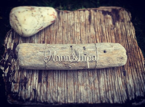 Nana & Papa Wire Art Driftwood Keepsake, Beach Gifts, Made in Maui, Wire Name, Driftwood Art, Beach Decor, Personalized Beach Decor.