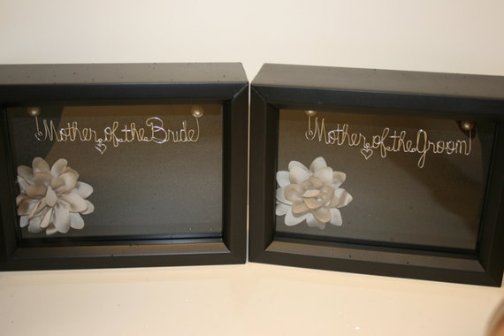 Mother of the Bride Mother of the Groom Gift. Wedding Gift for Parents. Wedding Shadowbox. Gift for Mother of the Bride Groom. Wire Name.