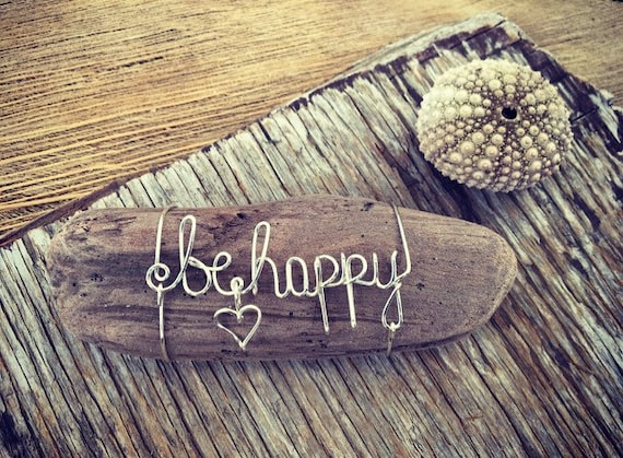 Be Happy Art, Driftwood Decor, Inspirational Quote, Wire Name, Boho Gifts, Driftwood Pieces, Beach House Decor, Made in Hawaii