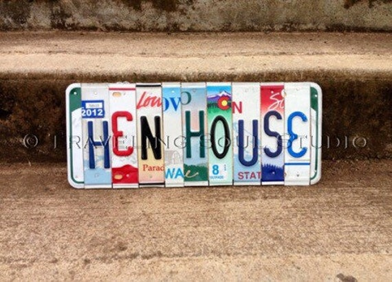 Chicken Coop Sign. Chicken Sign. Chicken Coop. License Plate Art. Hen House. Hen House Sign. Chicken Decor. Farmstyle Decor.