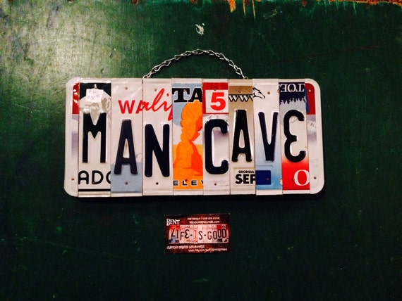 Mancave. Man. Room decor. Gift idea . Husband . Licenseplate . Bar. Sports. Usa