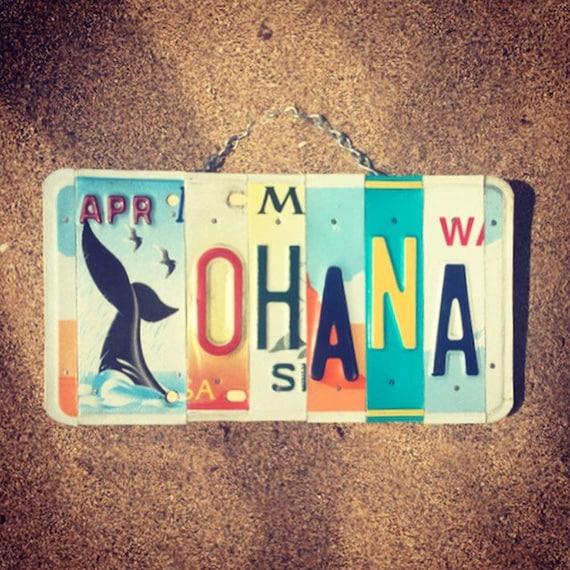 Ohana Sign. Beach Decor. Whale Art. Hawaiian Decor. Ohana Means Family Sign. Whale Decor. License Plate Art.