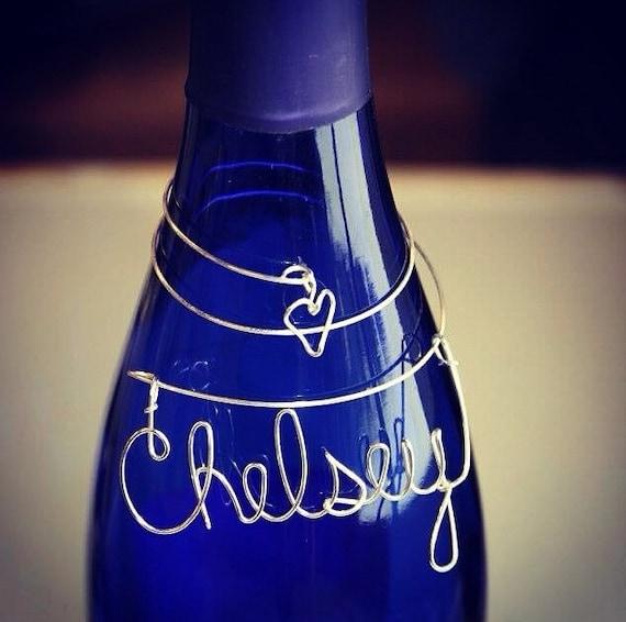 Wine. Winebottle. Winecharm. Winelover. Birthday. Mothersday. Giftidea. Forher. Mom. Sister. Wedding. Partyfavor. Handmade. Wireart. Bridal