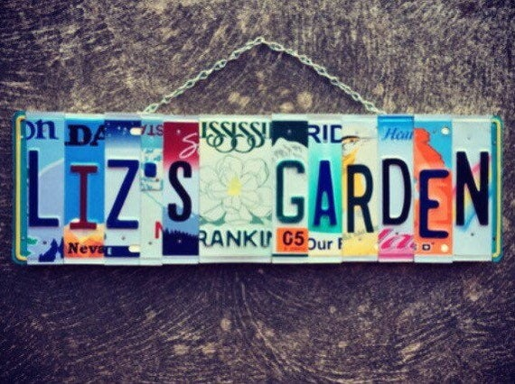 Personalized Mom's Garden License Plate Art Sign Mother's Day Gift, License Plate Art, Personalized Sign, Garden Decor, Gift for Gardener