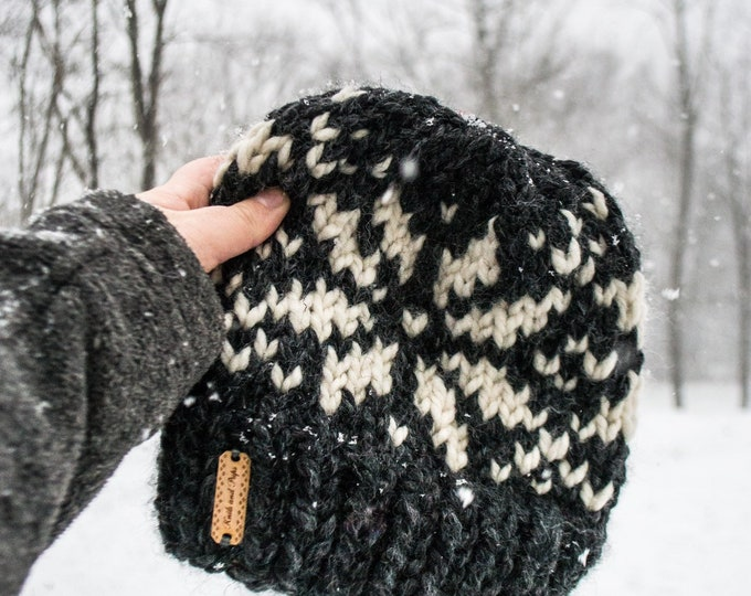 Featured listing image: SNOWFLAKE Beanie