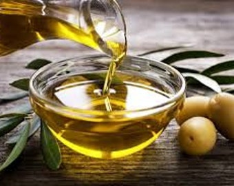 Olive Oil All Natural Translucent Melt & Pour Soap Base   1 Pound