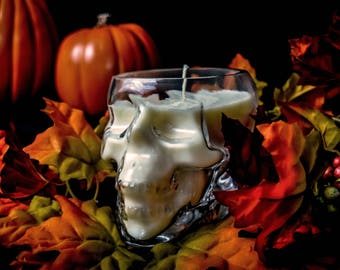 Hand Made Soy Witch's Brew Yankee Type Fragrance Skull Candle 16 oz. Great For Halloween Limited Time  Limited Supply