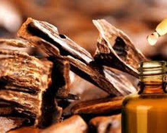 Exotic Oud Wood Fragrance Oil Use To Make *Candles* Soap* Perfume* Diffuse* DIY* Bath Bombs*