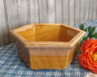 Vintage Large Haeger Hex Planter/Two Tone Brown Drip Glaze Haeger Planter/ Planter USA 4003/Mid Century Home Decor/Indoor Gardening