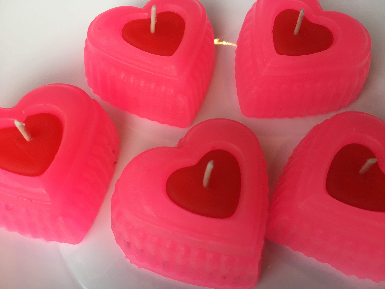 asociación de las velas rosadas