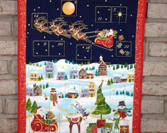 """Quilted Advent Calendar Wallhanging with Optional Activity Tokens, Christmas Countdown Calendar, 20""""x27""""(51x70cm) Handmade Perpetual Quilt"""
