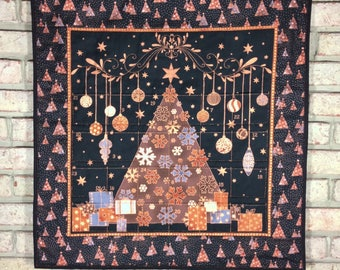 Elegant Quilted Advent Calendar with Optional Advent Activity Tokens, Copper/Black Advent Wall Quilt, Christmas Tree Countdown Calendar