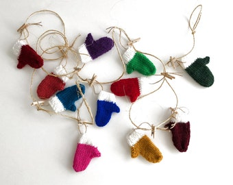10 Mitten Garland Choose Your Own Colors, Handknit Mitts Ornaments, Multi Colored Miniature Mitts Bunting, Knitted Mini Mitts on a String