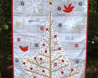 Modern Advent Calendar Wallhanging Made to Order, Christmas Countdown Calendar, Silver & Gold Christmas Tree Wall Quilt, Handmade Calendar