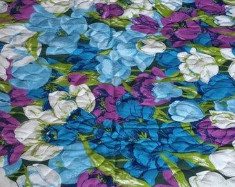Vintage floral pre quilted fabric.