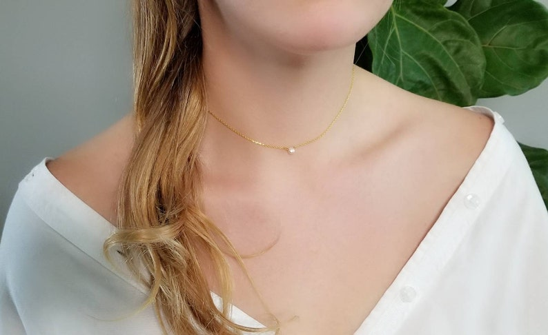 Everyday Dainty Necklace Dainty Gold Pearl Necklace Layering Gold Choker Freshwater Champagne Pearl Pendant Gold Chain Bridesmaid Gifts