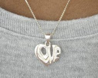 Vintage Necklace/ Sterling Silver Love Heart Necklace/ Vintage jewelry /  Mothers Day Gift