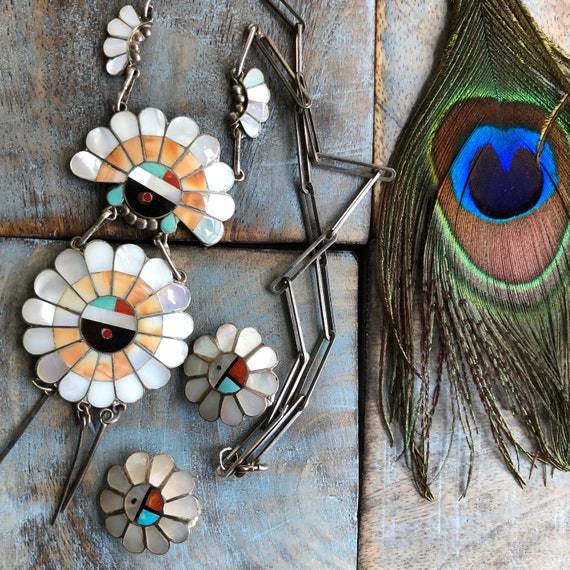 Beautiful Zuni Sunface Sterling and mother of pearl inlay necklace and earrings