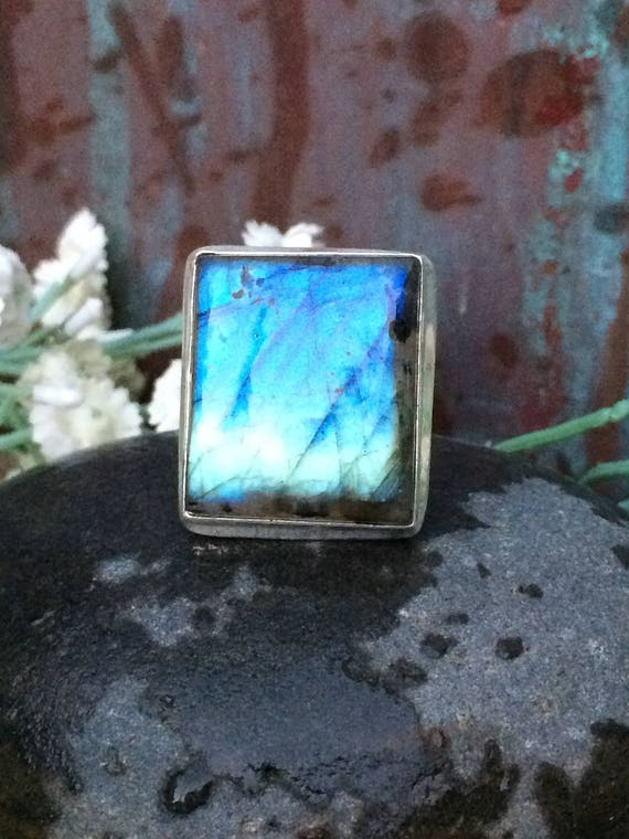 Natural gemstone blue flash labradorite statement ring  size 8