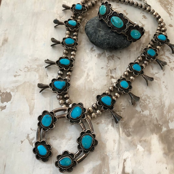 Gorgeous vintage Navajo turquoise and Sterling squash blossom necklace and bracelet  set
