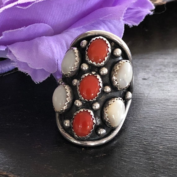 Vintage Navajo coral and mother of pearl cluster ring size 7