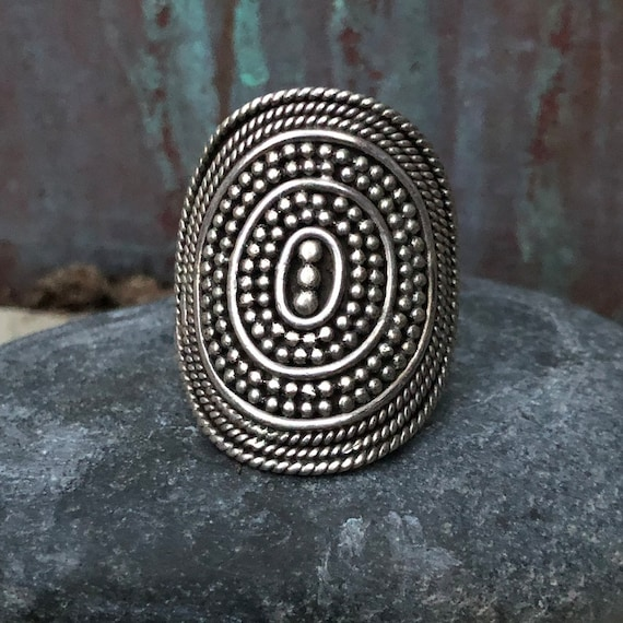 Vintage sterling tribal ring size 9
