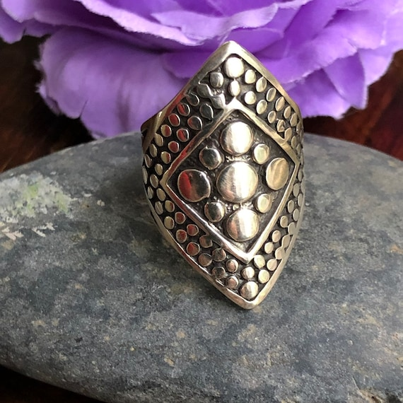 Sterling tribal statement ring size 7