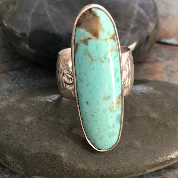 Vintage  Navajo ring wide band natural turquoise size 6