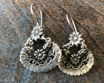 Vintage sterling Frida Kahlo inspired earrings floral drop dangle