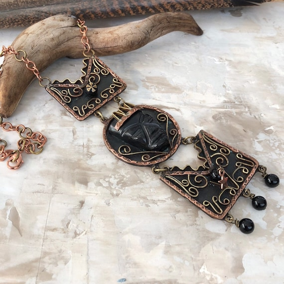 Vintage Mexican mayan inspired copper brass obsidian and onyx bib necklace