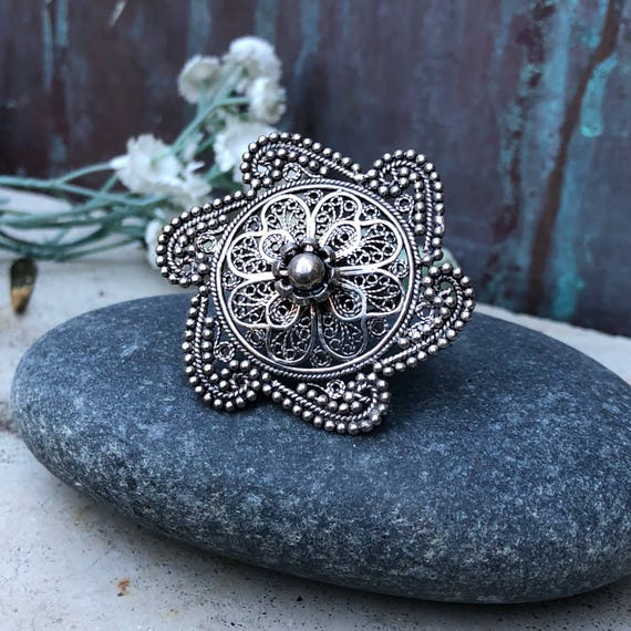 Large sterling filigree flower ring size 7.75